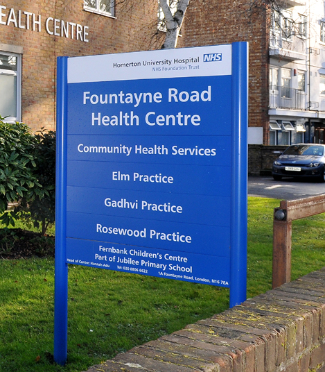 Image of the sign outside Fountayne Road health centre